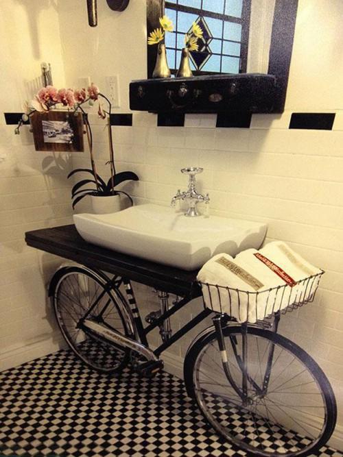 Велосипед – подставка для раковины